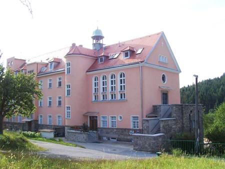 Domov sv. Alzbety v Zernuvce u Tisnova